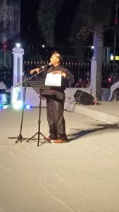 Akib Sekwan DPRD Kota Tanjungpinang sekaligus Budayawan atau Penyair puisi Kepri turut tampil dalam acara