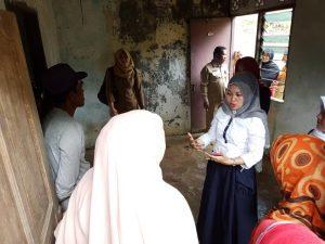 Anggota DPRD Kepri gunakan waktu Reses membantu renovasi rumah dan pengobatan gratis Sukiyah warga Sebauk Darat, Kota Tanjungpinang