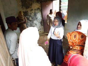 Anggota DPRD Kepri Hj Yuniarni Pustoko Weni memberikan pengarahan